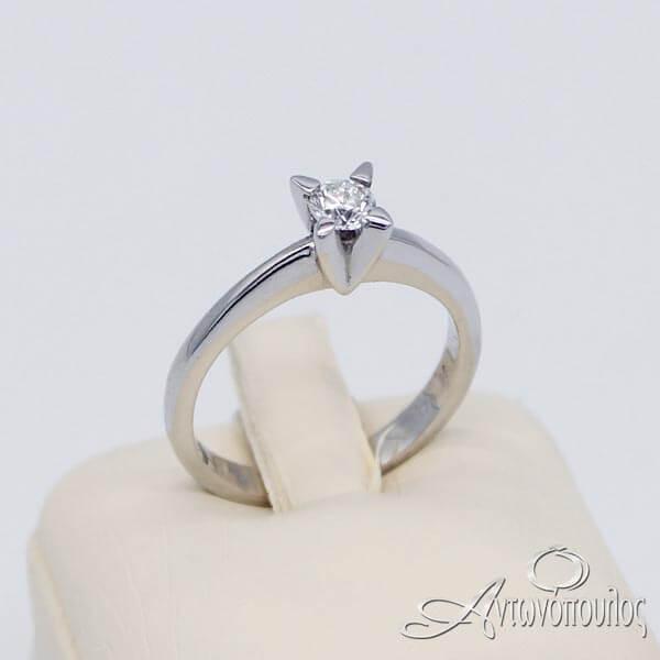 Δαχτυλίδι Μονόπετρο Λευκόχρυσο 18 Καράτια με Brilliant - rn039
